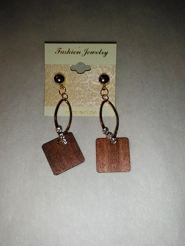 Wooden diamond-brown