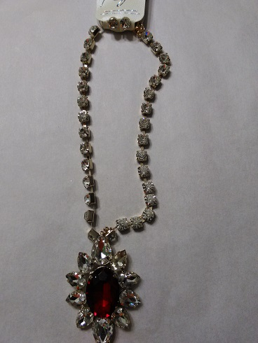 Red flower diamond set