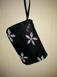 Flower pouch-black