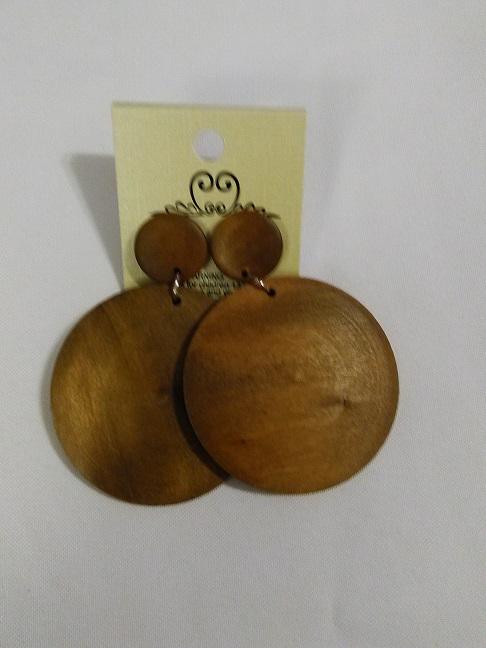 Wooden circles caramel