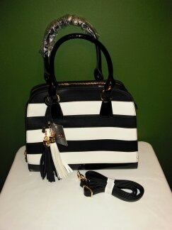 Striped tassel B/W