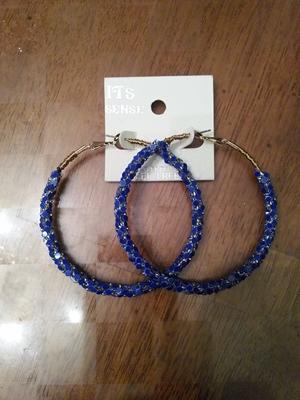 Hoop-blue